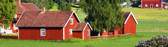 sweden_smaland_red_houses